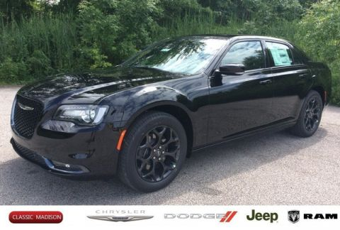 New 2019 CHRYSLER 300 300S AWD Sedan