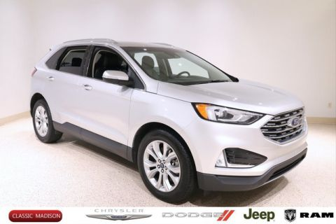Pre-Owned 2019 Ford Edge TITANIUM AWD SUV